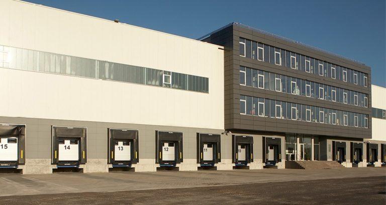 Lagerhallen in Essen mit 4-geschossigem Bürogebäude