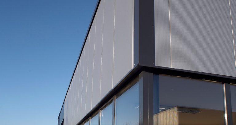 Lagerhalle und Produktionshalle mit Büroeinbau in Hückeswagen