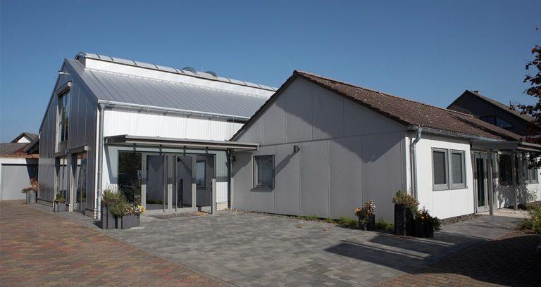 Werkstatthalle mit Büro in Marburg