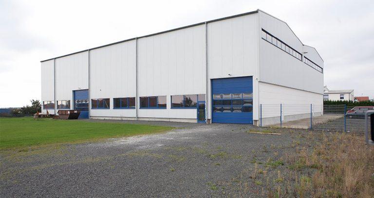 Produktionshalle mit Krananlage in Mücke-Atzenhain
