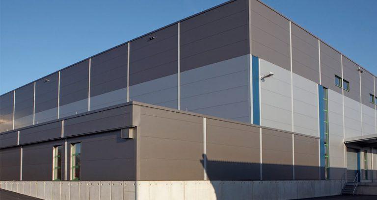 Produktionshalle in Wuppertal für die Automobilindustrie