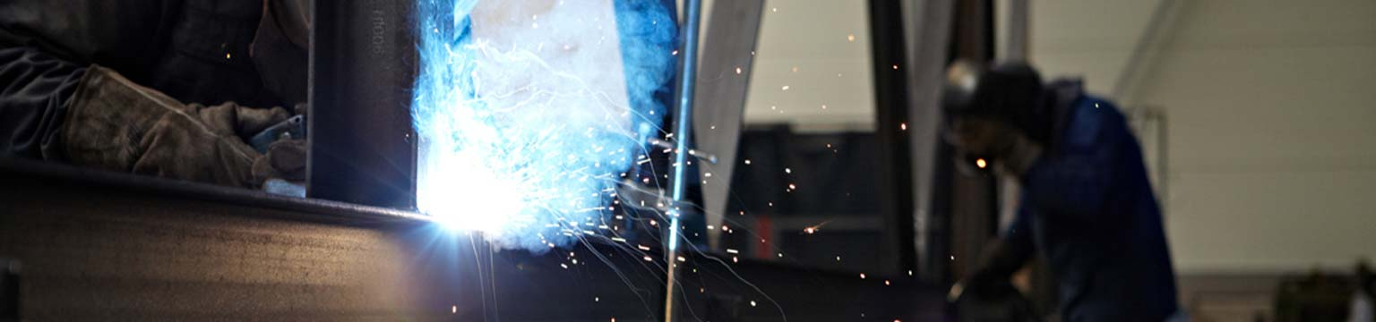 SCHWEVERS & RAAB ist der bevorzugte Partner für Stahl-& Stahlhochbaulösungen im Produktionshallenbau, Lagerhallenbau, Verkaufshallenbau und Freizeithallenbau.